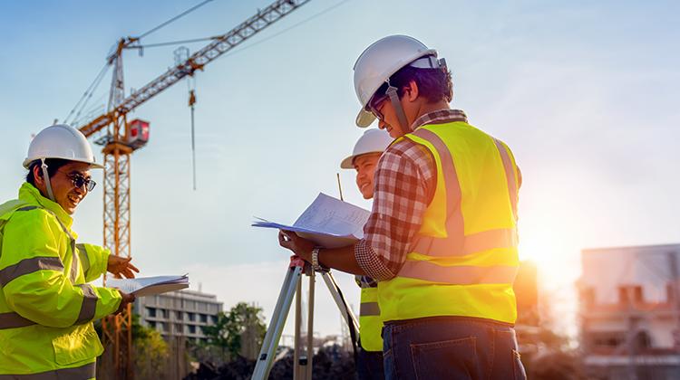 建設産業におけるAI、IoTといった先進技術導入に向けた調査・検討