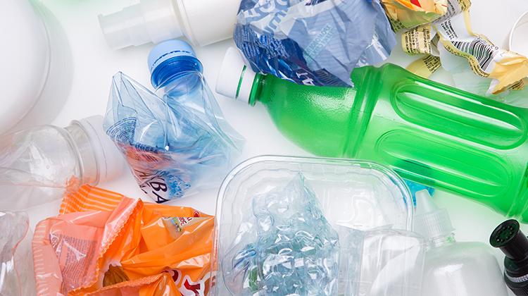 プラスチック製容器包装から可燃ごみへの分別区分変更に