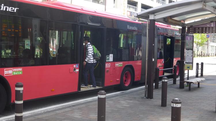 多様なアプローチで移動しやすい交通環境を構築